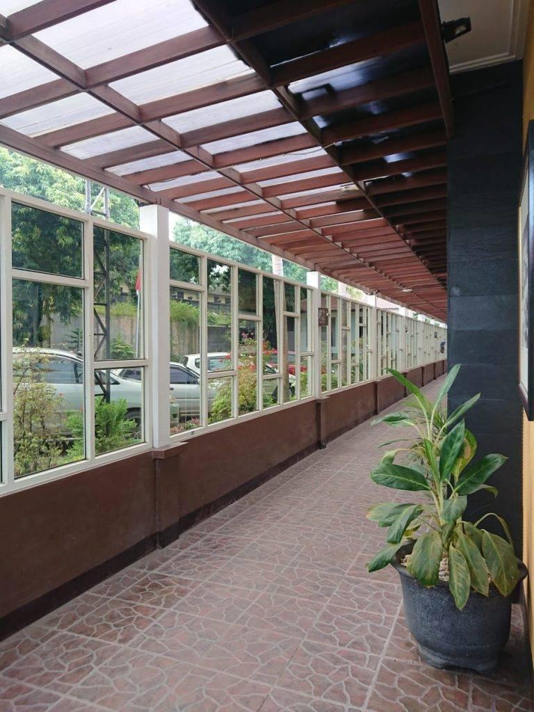 Lorong Kamar Hotel Ataya min